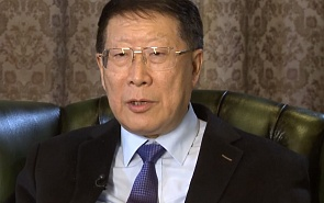 Pan  Dawei