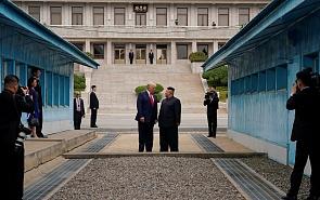 Trump-Kim: Impromptu Photo Opportunity or Nobel Prize?