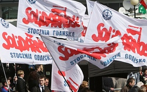 Solidarity Movement and Poland's Democratic Evolution
